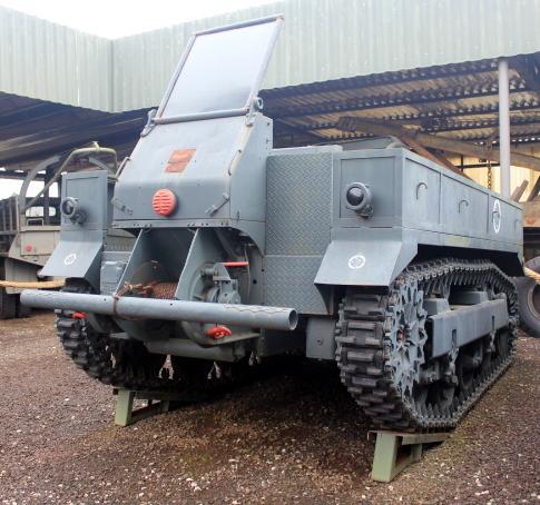 Trator M5 – 1942