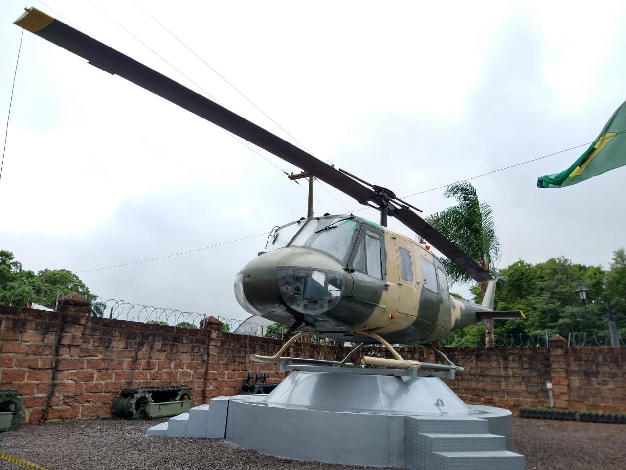 Helicóptero Bell UH-1H